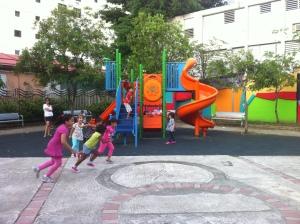 Niños jugando en el Parquecito de Miramar